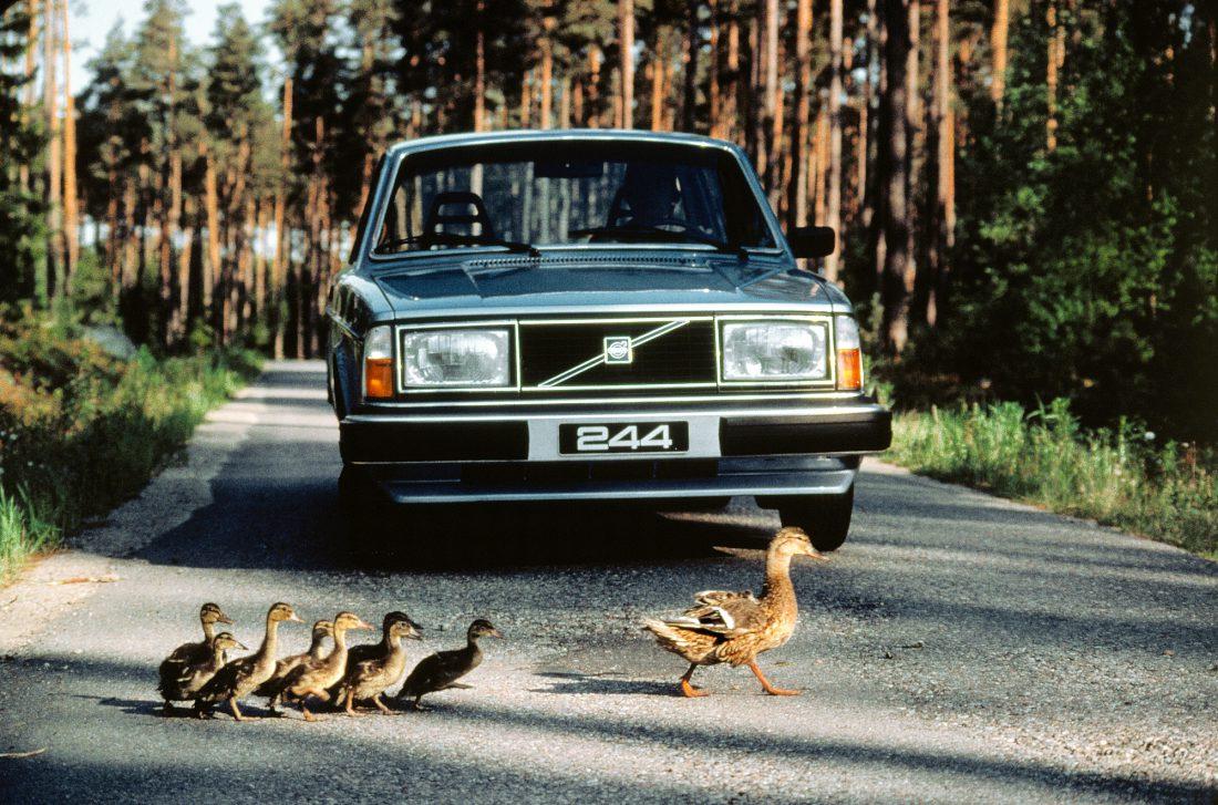 Ein ausdauernder Klassiker mit Tradition: 50 Jahre Volvo 140 8