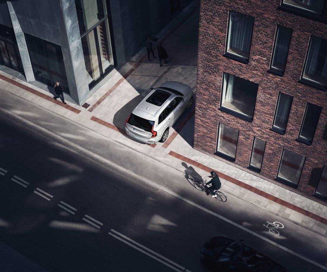 Volvo Cars beschränkt Höchstgeschwindigkeit seiner Fahrzeuge auf 180 km/h