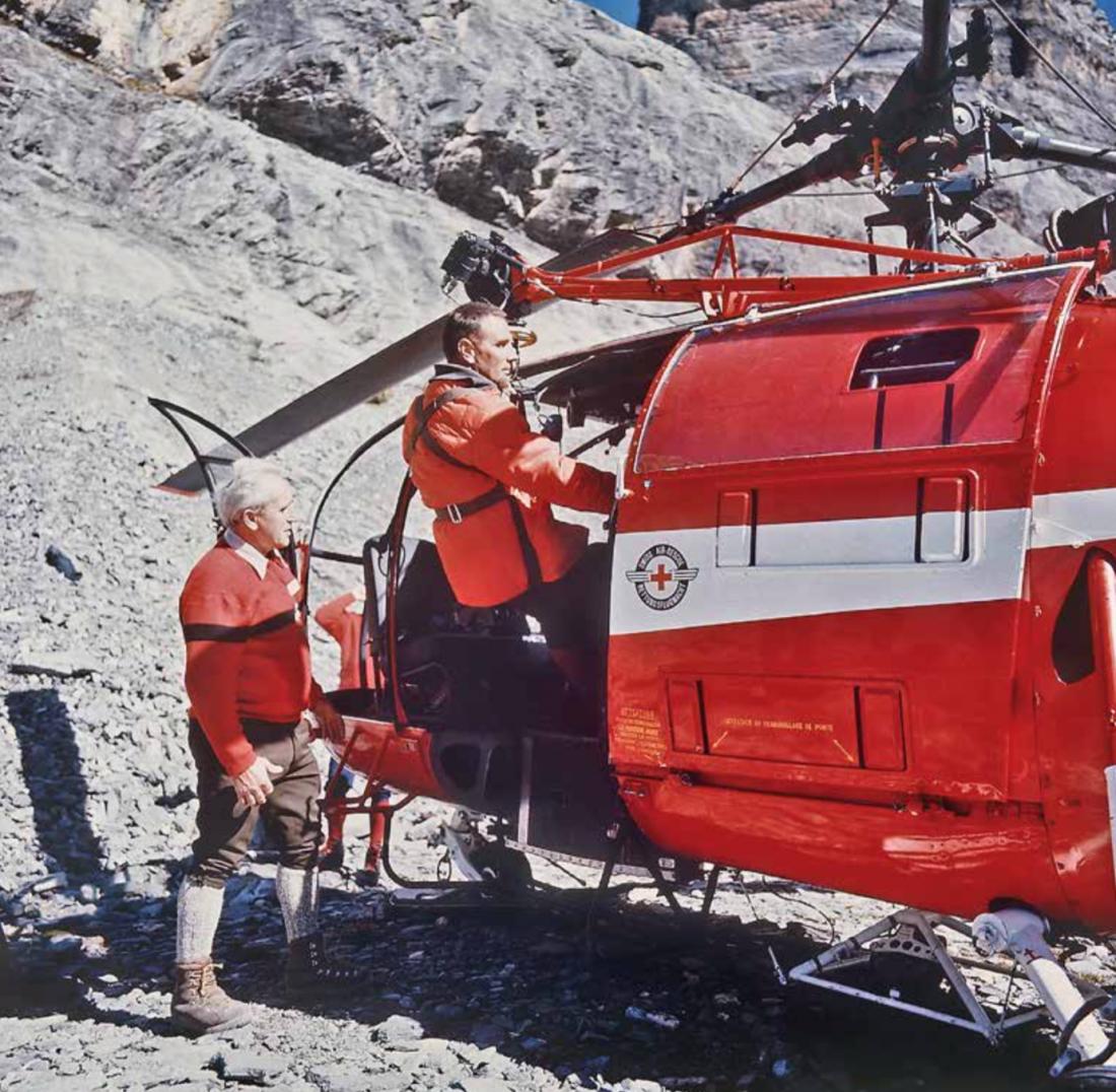 Ärzte und Anästhesiepfleger, welche die Helikopterbesatzungen auf ihren Rettungseinsätzen begleiten.