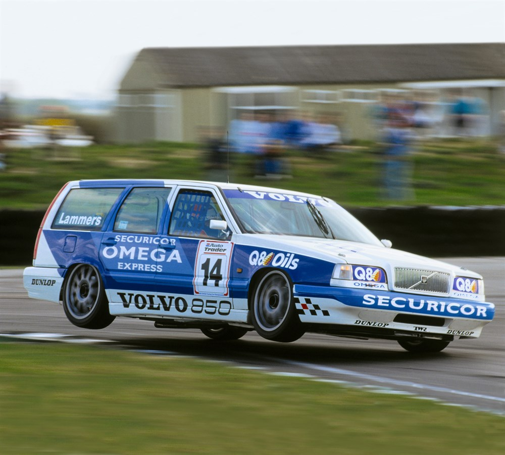 Volvo_850_Kombi_Racing_BTCC_1994