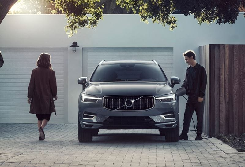 volvo-xc60-recharge-osmium-grey-metallic-sup00176