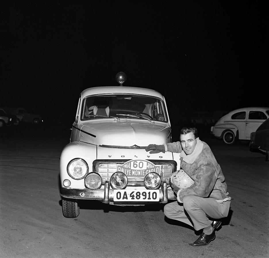 Carl-Magnus_Skogh_Volvo_PV544