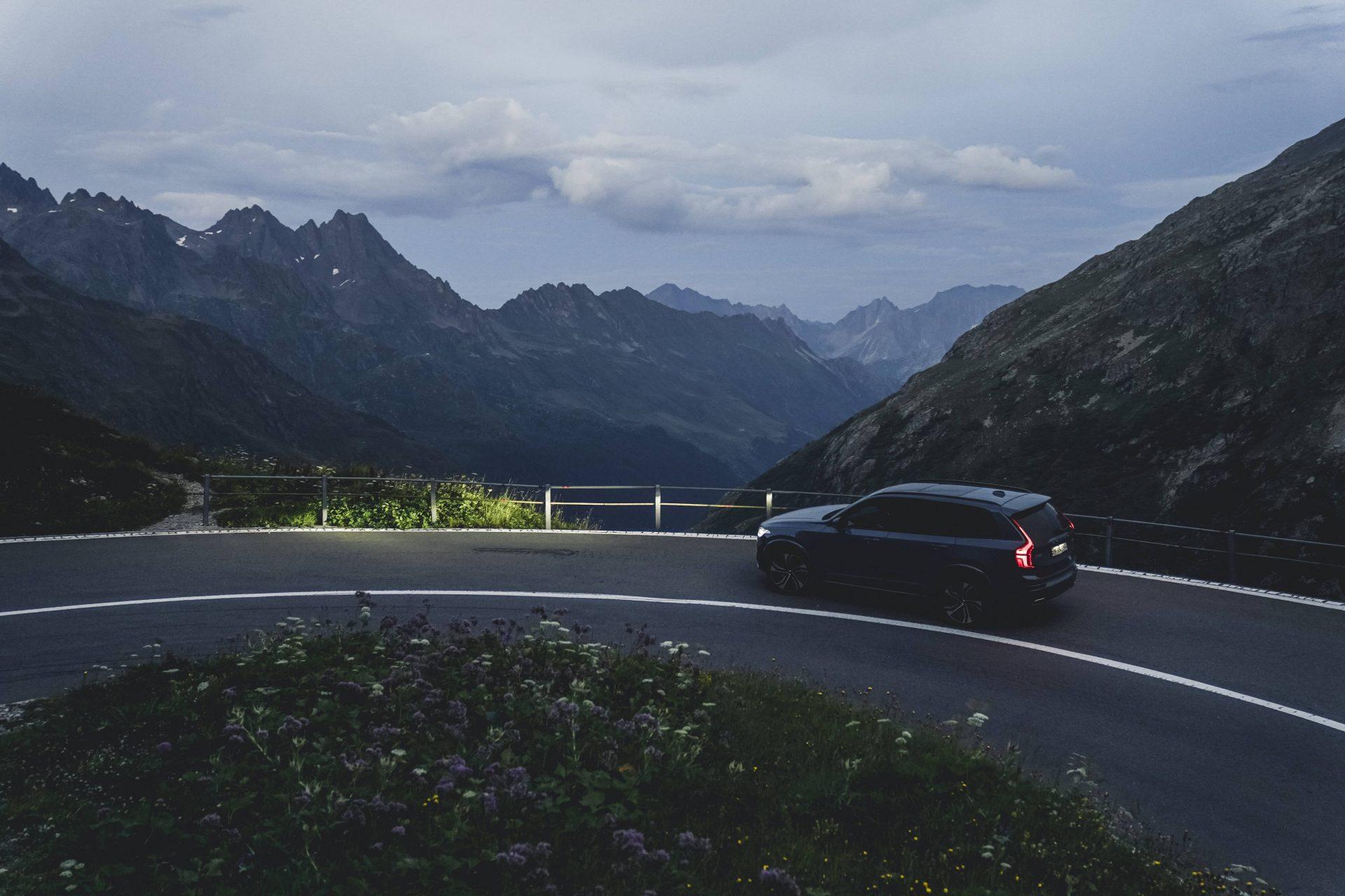 Volvo-XC90T8TwinEngine-SeyaEggler-12