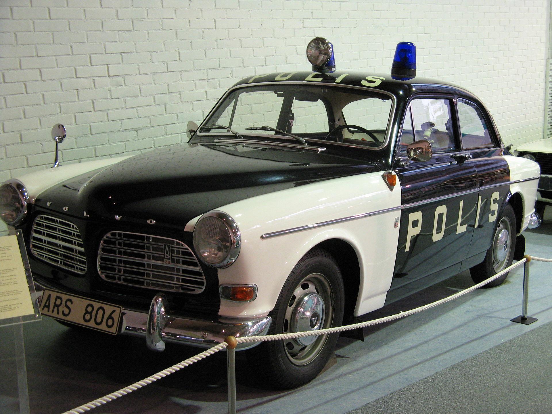 Volvo_122S_Amazon_(1969)_1