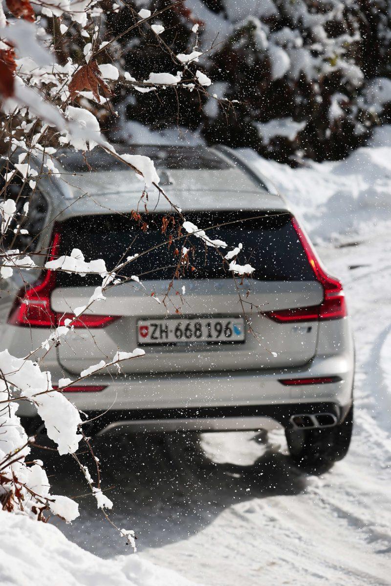 Volvo_V60_CC_Toggenburg_Schnee