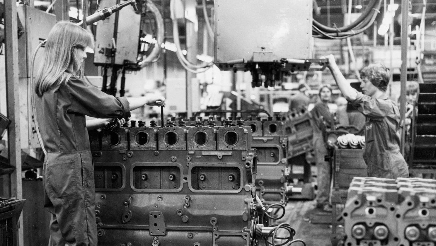 skovde-assembly_factory_1975