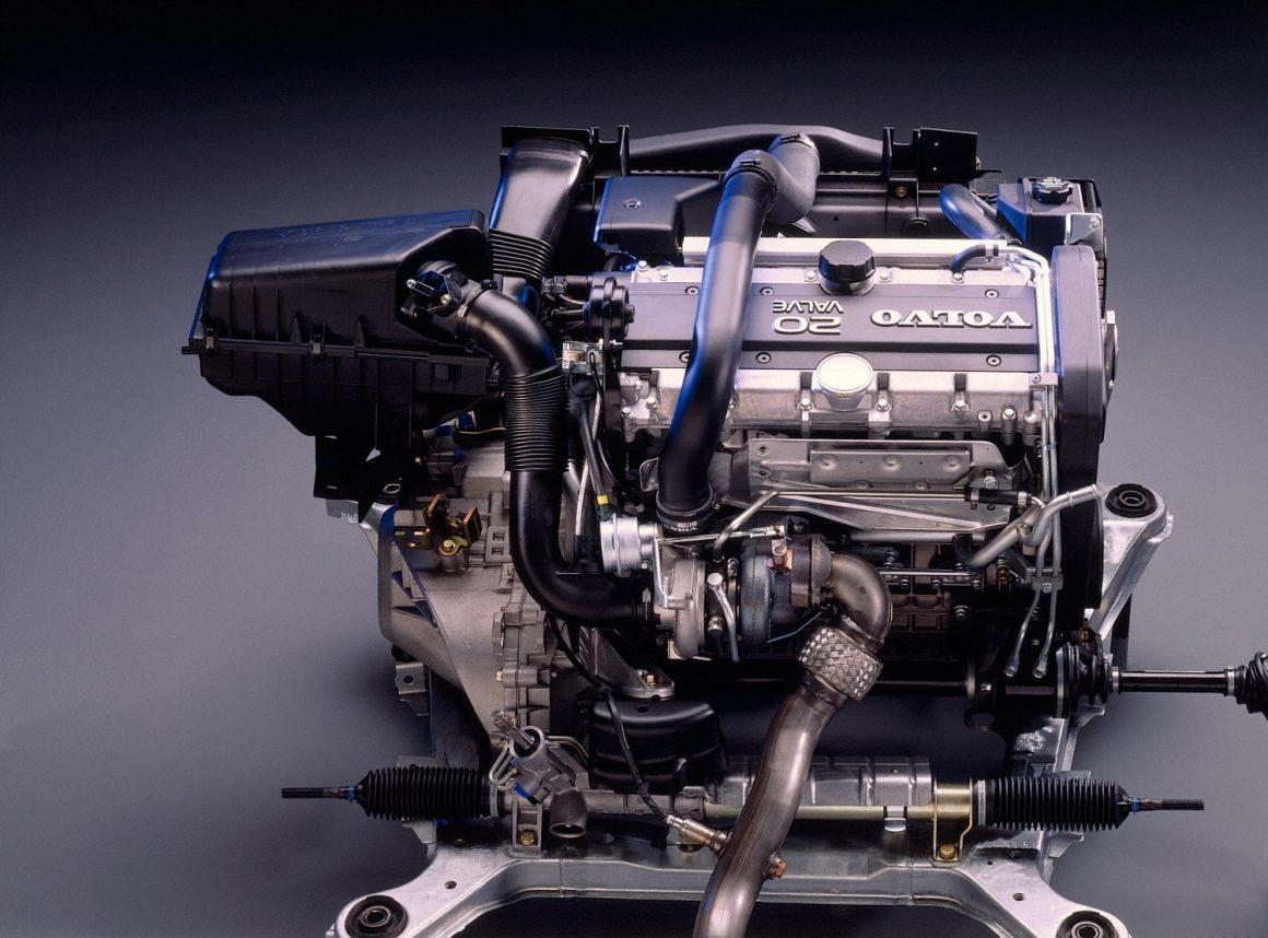 Volvo 850, 5-cyl. 2.3 L