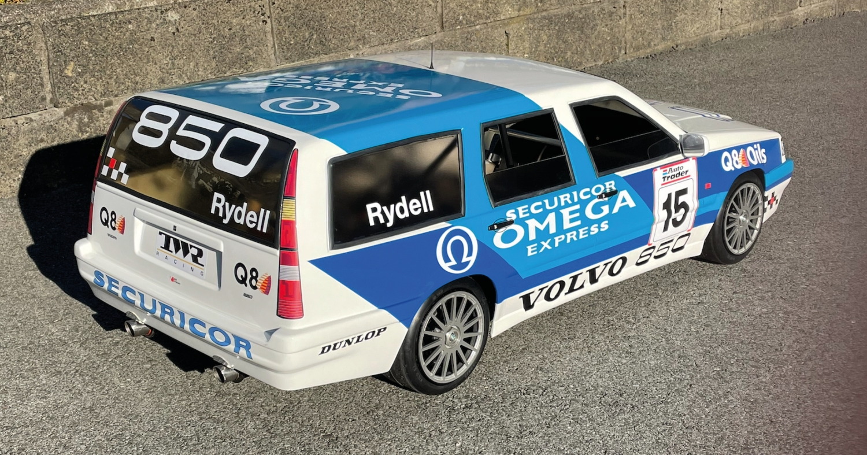 Werner Altherr und sein Racing Volvo im grossen Kleinformat
