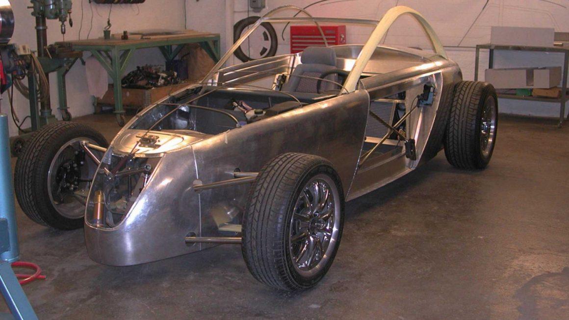 Volvo_T6_Roadster_10_Rohkarosserie