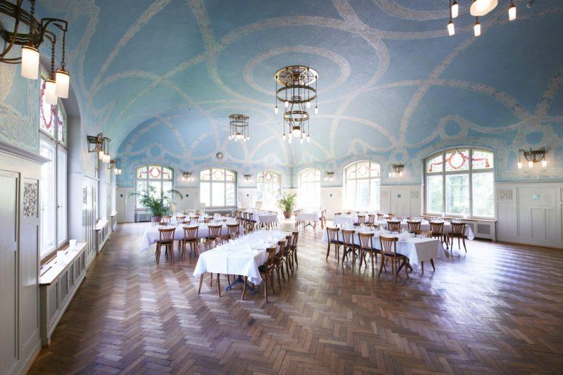 Kurhaus-Berguen_Saal