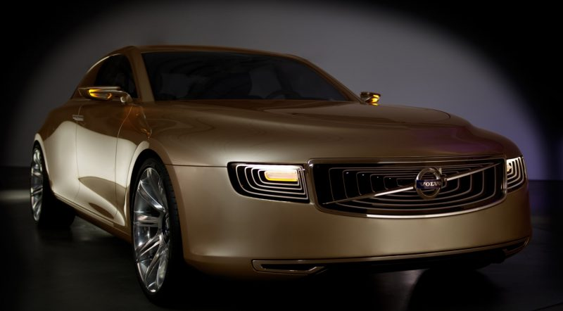 37766_Volvo_Concept_Universe_front_side