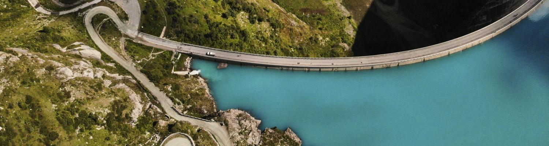 Fantastiska Stopp: Fünf ganz besondere Schweizer Staudämme