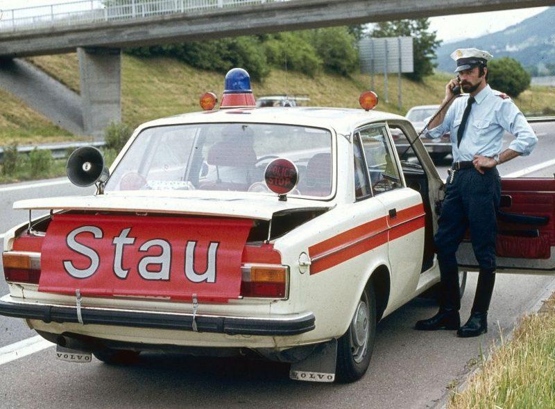 Volvo 144 Polizist 2