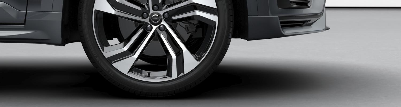 Spezielle Recharge-Reifen für vollelektrische Volvo Modelle