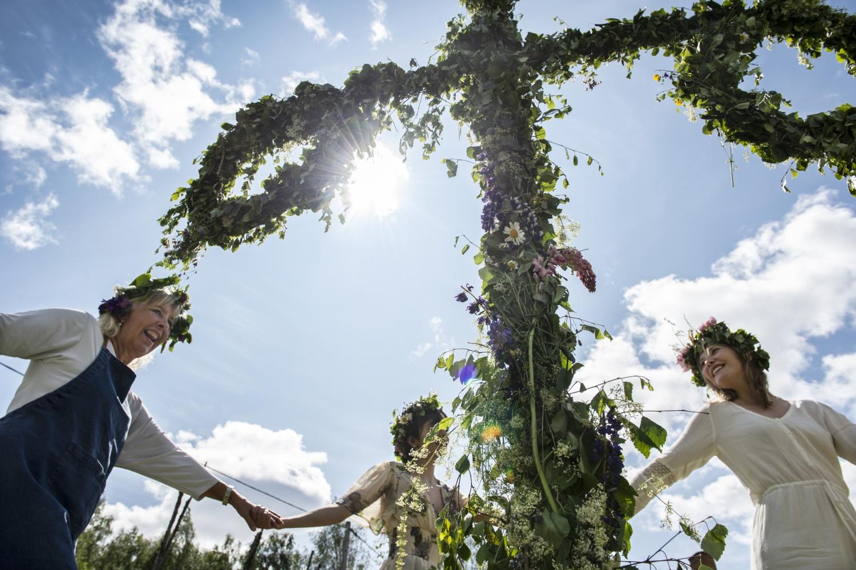 anna_hållams-midsummer_celebration-7338
